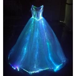 نورپردازی لباس عروس