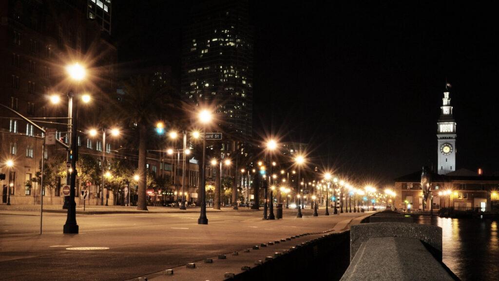 نورپردازی پیاده رو ، نور و روشنایی پیاده رو ، نور درخت